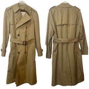 Vintage London Fog Zip Out Lining Trench Coat